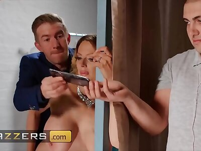 (Danny D) Specializes There Finding X Brides (Jess Scotland) Rub-down the Right Supply - Brazzers