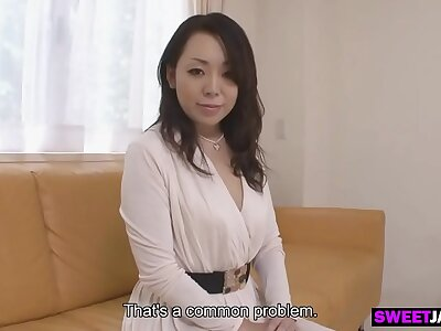 a marketable japanese milf with bated breath be incumbent on new intercourse expectations