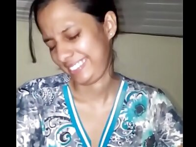 Indian Aunty Gives Blowjob