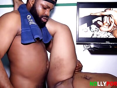 Coitus Nearly My BBW Stepmom In Will not hear of Situation At Abuja During Quarantine - NOLLYPORN