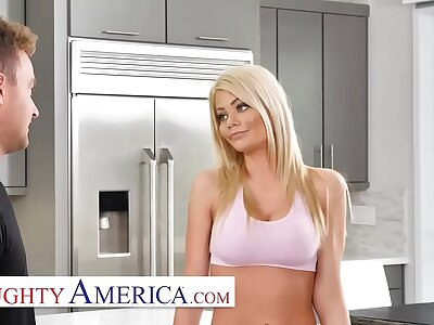 Naughty America - Husband doesnt give wife a horseshit she NEEDS